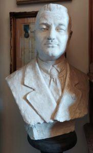 """Busto di Gaetano Pilati (Fondazione di Studi Storici """"Filippo Turati"""")"""