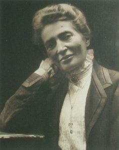 L'immagine di Anna Kuliscioff era affissa alla Popote di Parigi, centro di riunione degli esuli italiani antifascisti.