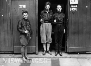 immagini di membri dei National fascisti, altro principale partito fascista britannico negli anni Venti.
